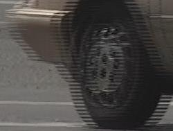 Interlaced_video_frame_(car_wheel)
